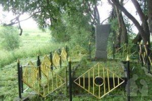 место массового уничтожения в деревне Шамово